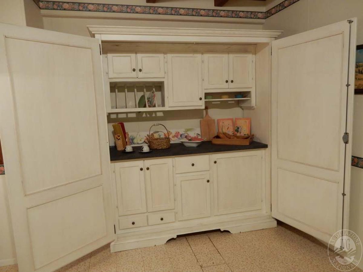 Rif. 31) Armadio cucina VENDITA ONLINE