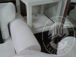 Immagine di FORNETTO ELETTRICO - 2 TAVOLINI QUADRATI IKEA DI COLORE BIANCO - LAMPADA DA TERRA -  ABAT-JOUR IN PLEXIGLASS