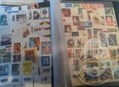 Francobolli da collezione: Repubblica Italiana (lotto 128), raccoglitore con 930 francobolli Italia + raccoglitore con 98 foglietti per 291 francobolli
