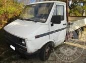 AUTOCARRO FIAT IVECO DAY ALIMENTAZIONE A GASOLIO CILINDRATA 2445 ANNO DI IMMATRICOLAZIONE 16/09/93
